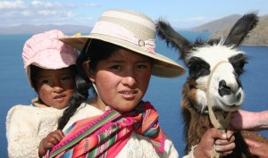 Kinder am Titicaca-See